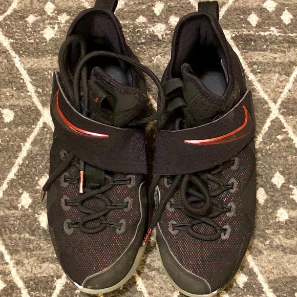 Jordan Other - Jordan's For Basketball Boys Size 5